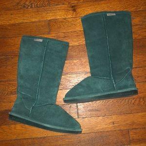 BearPaw Emma tall green suede boots sz 8 shearling